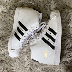 BRAND NEW WOT Adidas Superstar Wedged Sneaker